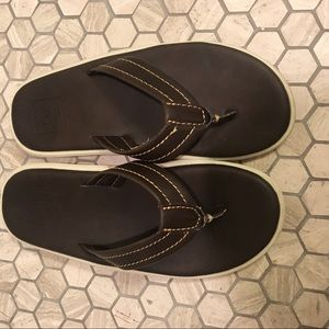 GAP Kids - Brown leather flip flops - Size 1-2